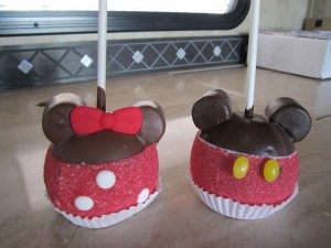 Mickey & Minnie Candy Apples
