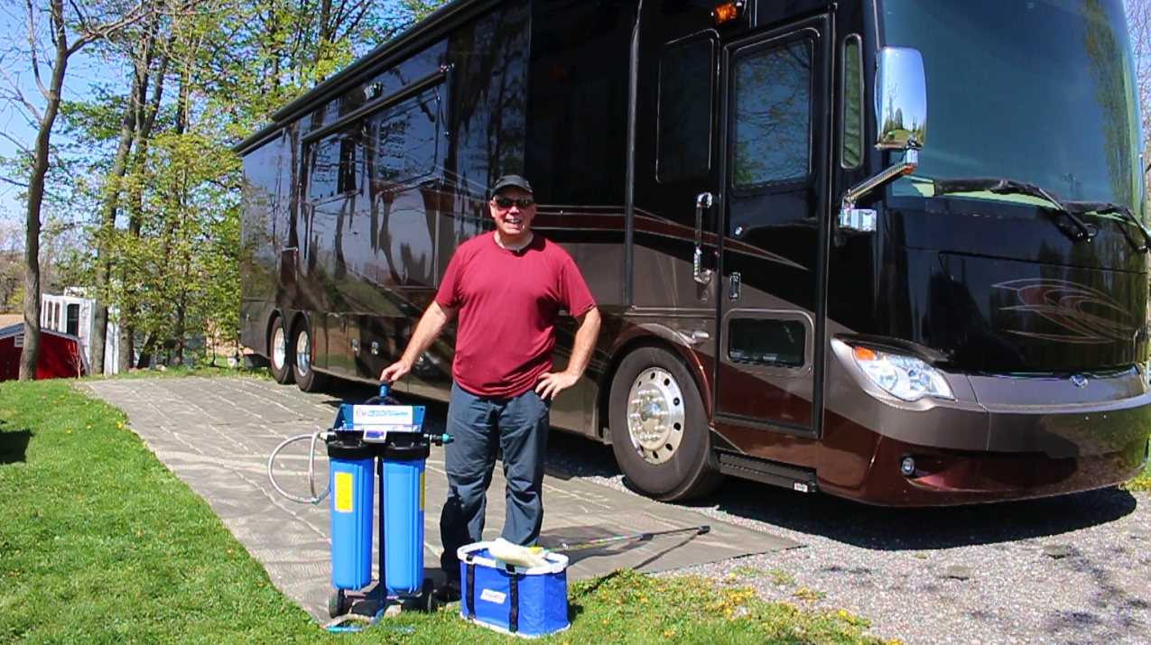 RV Washing with CR Spotless Water System